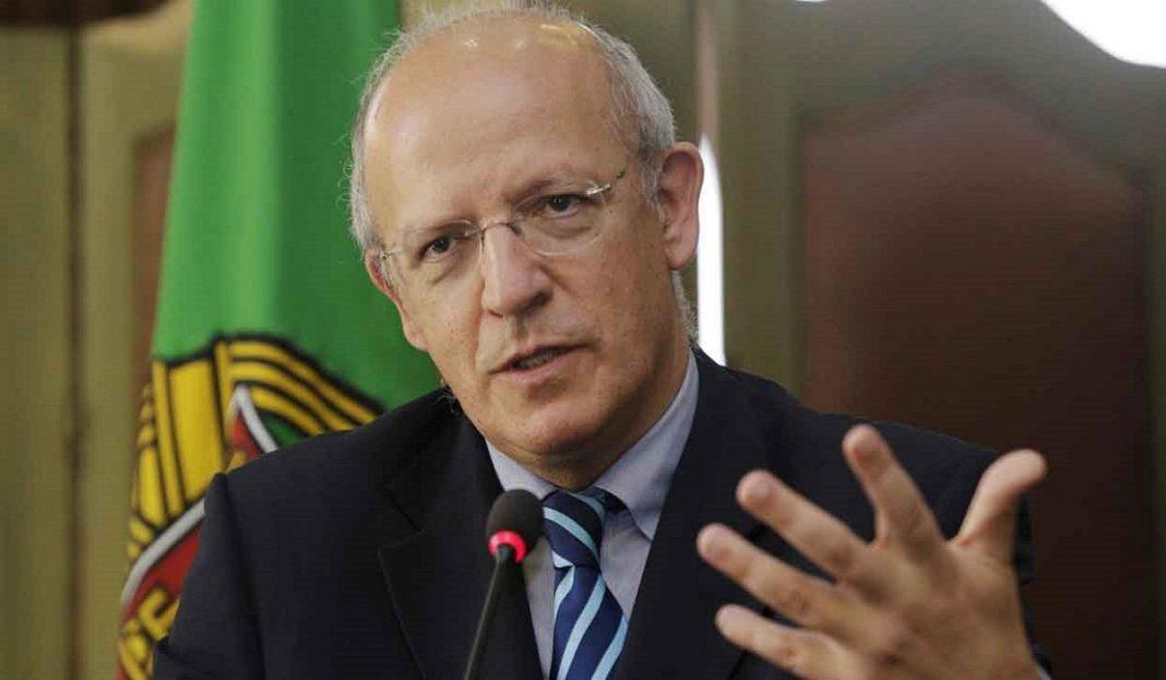 """¡Se pronuncia! Portugal considera un """"acto hostil"""" suspensión de TAP"""