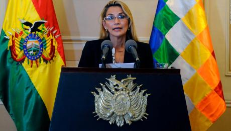 Jeanine Áñez decretó medidas para enfrentar al Covid-19 en Bolivia