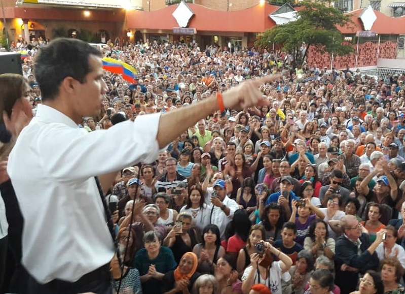 Marcha de Guaidó no llegó al Palacio Federal, 12-M habrá otra manifestación