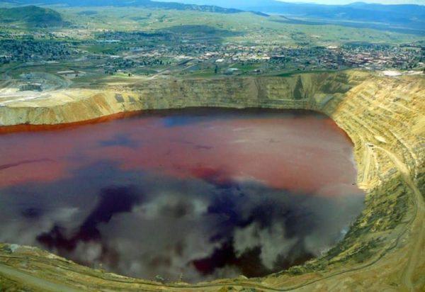 ¡PELIGROSO! En Rusia está ubicado el lago más contaminado del mundo, te decimos porqué