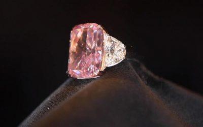 Subastarán el diamante más raro del mundo valuado en 38 millones de dólares