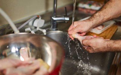 ¡IMPORTANTE SABER! Alimentos que nuca deberías lavar antes de consumir